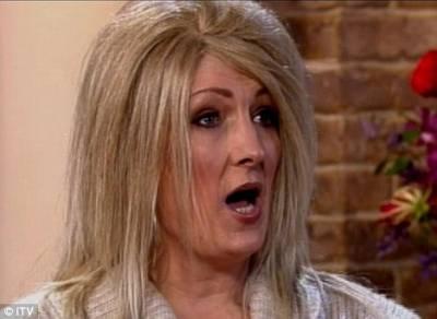 英國42歲婦女整天都想著性!至今已與千名男子發生關系..主持人問:你怎麼不去當妓女?