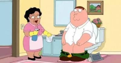 為什麼電影里老外上廁所總把褲子褪到腳踝?