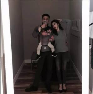 身高192,長腿爸爸和可愛女兒組成最萌身高差,而背後還有一個超美媽媽