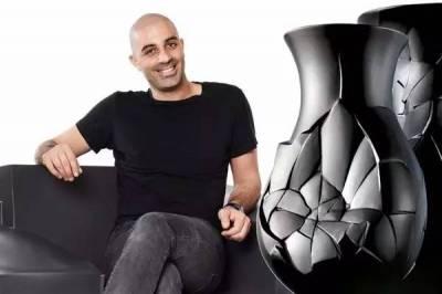 天才設計師「靠著摔花瓶摔出自己的設計帝國」拿獎拿到手軟!看完他「超有質感的作品」我都想頒獎給他了...
