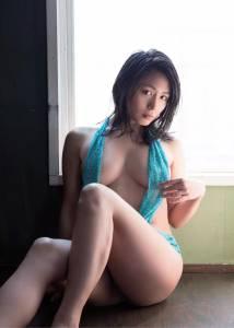 嘶哈~日本網友票選5個「希望她永遠不要退役」的寫真偶像, 1 根本是人間胸器!