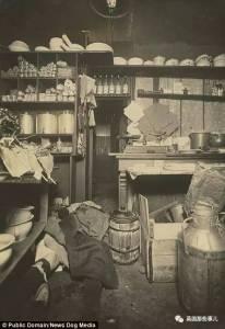 『 歐洲第二神探』,名偵探柯南是他的偶像,世界上最早的一批『犯罪現場照遭到曝光』...畫面時非常驚恐!