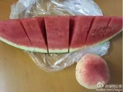 桃子西瓜一起吃,100年內必死!