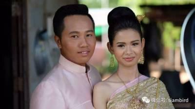 新娘被畫成「如花」 換化妝師再結一次