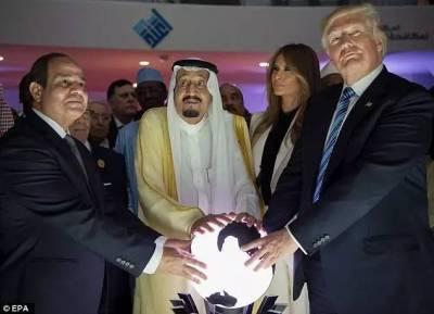 川普摸個球,就出了張全球最火照片!