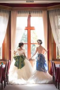 長跑13年,這對蕾絲戀人最終為彼此披上婚紗...兩個人都美的不像話...