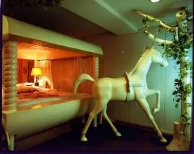 日本人民為什麼這麼容易高潮?看看人家的情趣酒店就知道了……