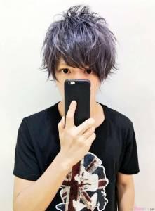 被稱為日本東大校草的他「每次拍照都拿東西擋住嘴巴」讓大家超困惑,原來...上天果然是公平的XD