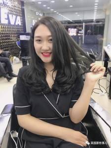 這麼一家全是露肉小鮮肉當理髮師的美髮店....美女,你想辦個會員卡了嗎