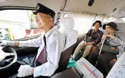 日本老奶奶85歲仍在POLA工作,月賺百萬的背後......