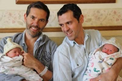 兩個爸爸兩個娃,還有一個「不是媽媽」的媽媽?!顛覆社會思想的同婚家庭,是什麼樣的結局?