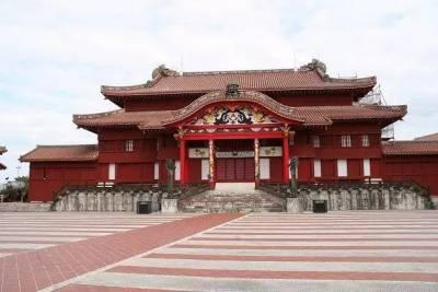 日本這個島,女人不讓進,男人要全裸,最近還被列入了世界文化遺產!