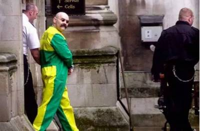 他是英國最殘暴 最文藝 最喜歡賣萌的罪犯,40年間蹲過120座監獄,卻用一雙手溫暖了大家的心
