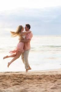 這對夫妻只要「擁抱」就能高潮,可長達18小時!
