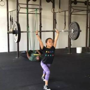 她只有11歲卻痴迷健身,還健成了世界小網紅,這個女孩震驚了健身圈....