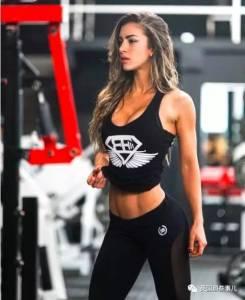 她被稱為哥倫比亞的健身女神…這臉,這身材,然而.......