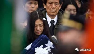 丈夫犧牲2年半後,她為他生下了親女兒