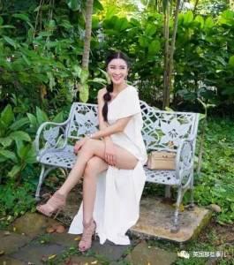 20歲嫁豪門,36歲果斷離婚…如今她靠着曬包曬鞋曬美照,妥妥成了網紅阿姨…