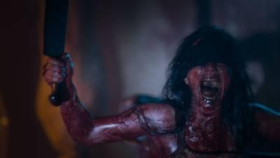 直達《半夜鬼上床》的恐怖經典等級!《煉獄迷宮》花了28個夜晚拍攝完成,全片沒有任何一場白天戲...