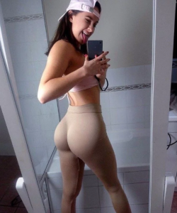 瑜珈褲「是上天最造福人類」的發明,看完這7張照片,你就會懂得不能再懂了!嘻嘻...