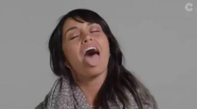 大家都知道「喇舌」,從來沒有人看過舌頭到底怎「喇」,國外找來100位自願者,鏡頭直接對著舌頭拍喇舌動作