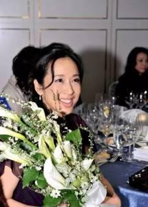 這個最傳奇的港姐,18歲嫁豪門, 因不滿豪門規矩多離婚,50歲終收穫愛情,成為自己人生的主人