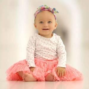 她才10個月大,一個動作竟引40萬人狂點讚!