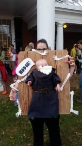 我當你們是爸媽,你們當我是道具,萬聖節要到了,這些爸媽又拿自己孩子作妖了...