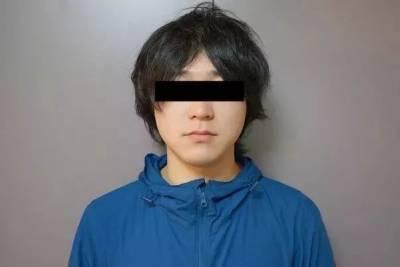 日本這位小哥為自己設計了一款專門吹熱面的「美女呼呼」裝置,結果…