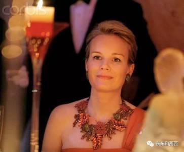 她長相不驚艷,卻收穫了超帥王子和長情告白,這大概就是幸福的模樣
