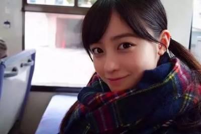 橋本環奈到底是美女還是萌妹?日本網友吵翻了天......
