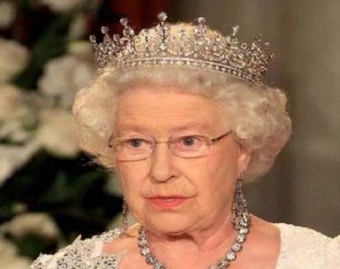 英女王終於怒了!向禍害地球500年的敵人正式宣戰!