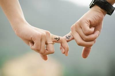 「學會讓步,才能讓我們在愛情中轉大人。」讓步是一件很ROCK的事...
