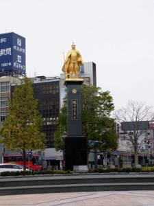 日本《超個性歷史銅像》看過一次就絕對難忘的強烈感 ...