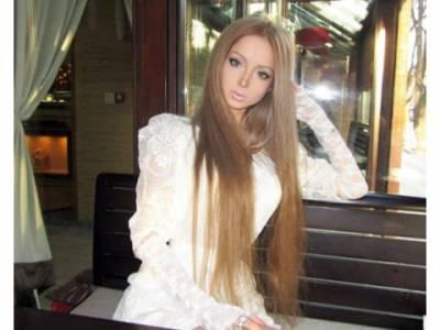 《烏克蘭娃娃女》 Valeria Lukyanova∼美的好不真實!