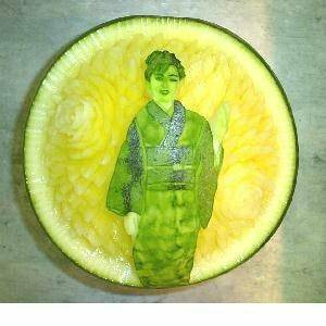 老闆,這西瓜怎麼賣?好想買喔!
