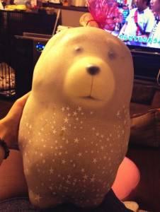 精心製作『用氣球包裝的泰迪』送人,可是第二天卻崩壞了...朋友笑尿了...