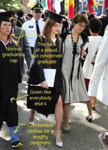 不要羨慕站在Emma Watson身邊的同學啦!她原來是...