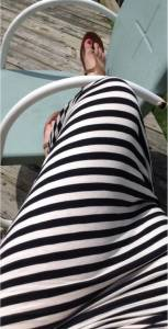心酸到想哭:夏天千萬別穿條紋裙去海灘
