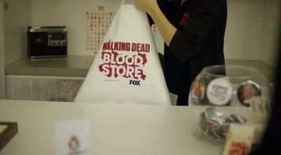 買東西不用錢!但請交出你的血......