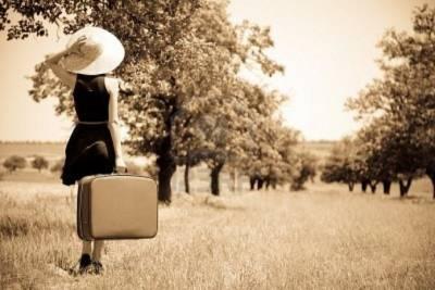 痛而不言,笑而不語;不能接受,那就改變,不能改變,那就放開。