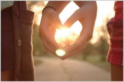 如果兩個人想好好的在一起 必須有一個人學會忍
