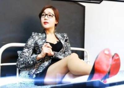 韓國補習班推出選美級火辣女教師...男學生上課鼻血止不住...(超害羞,火辣辣)