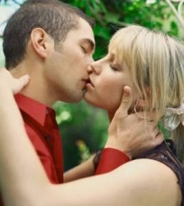 好想被男生強吻.....女人都有的21個羞羞小秘密!