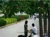 因為非【處】女大生當街下跪