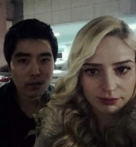 面兩次就求婚 韓男與金髮美女的閃光文●△●