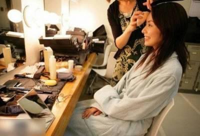 「看看誰是日本AV女優最親密的人?」