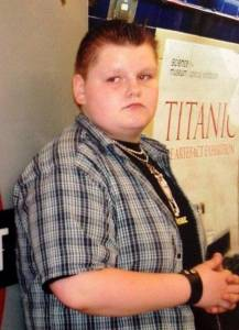 【勵志】英國300斤小胖子減肥變身男神