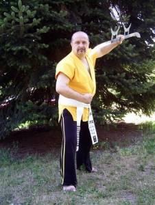 他是地球最強的男人,擁22條黑帶十段腰帶,那你把查克羅禮士放在哪裡?