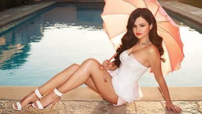 小賈舊情人「賽琳娜」Selena Gomez 全新刺青大解析!
